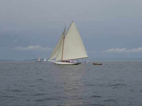 err-bb30-sail.jpg