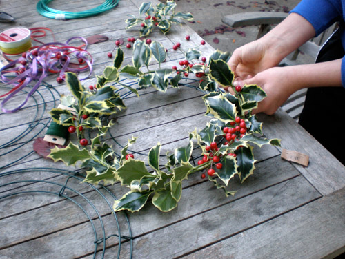 Deep craft recipe Making wreaths