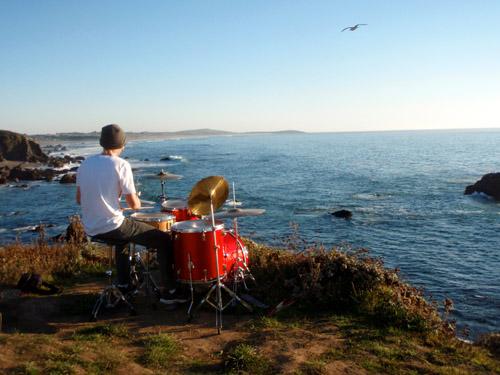 beach drummer2